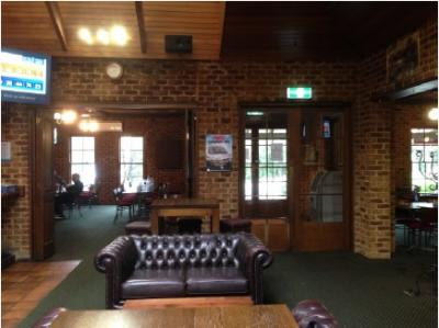 Pine Grove Hotel - image 3