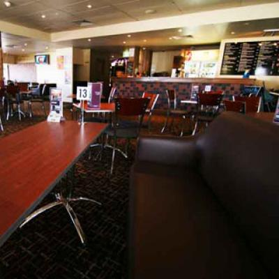 Prince Of Wales Hotel - image 3