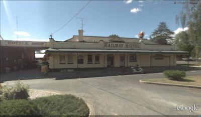 Railway Hotel - Motel