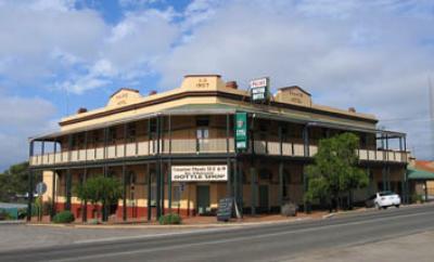 Ravensthorpe Palace Motor Hotel