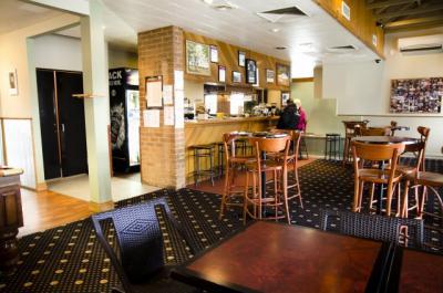 Riddells Creek Hotel - image 3