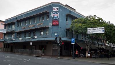 Royal George Hotel - image 2