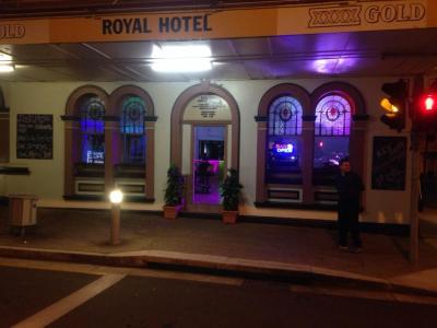 Royal Hotel - image 2