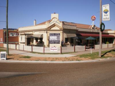 Royal Hotel and Brewery - image 2