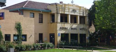 Royal Mail Hotel Whittlesea - image 1