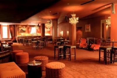 St James Hotel - image 1