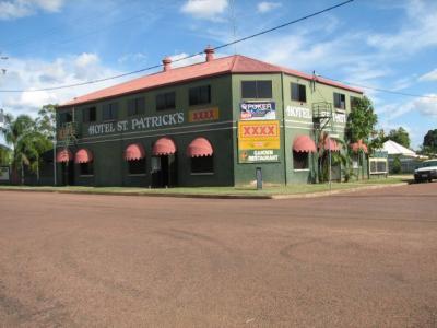 St Patrick Hotel - image 1