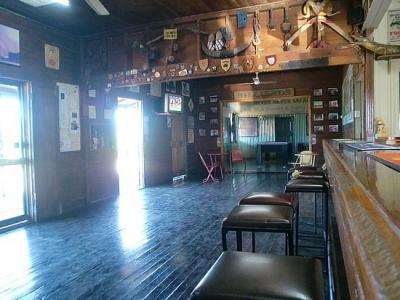 Walkabout Creek Hotel - image 2