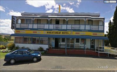 Wheatsheaf Hotel - image 1