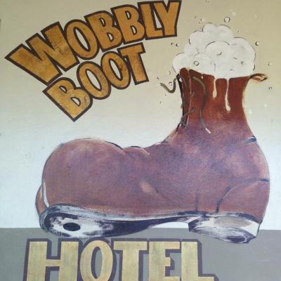Wobbly Boot Hotel - image 3