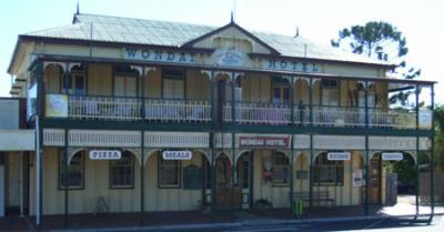 Wondai Hotel