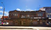 Annandale Hotel - image 1