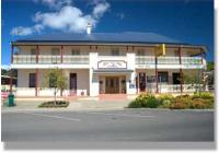 Apsley Arms Hotel