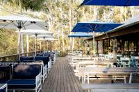 Avoca Beach Hotel - image 2