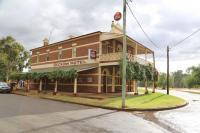 Beckom Hotel - image 1