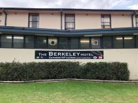 Berkeley Hotel - image 2