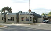 Caledonian Hotel Motel