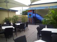 Capella Hotel Motel - image 3