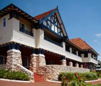 Caves House Hotel
