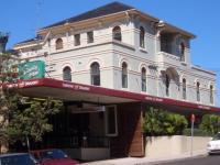 Clovelly Hotel
