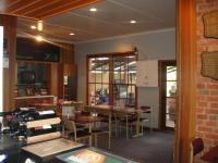 Commercial Hotel Thoona - image 3
