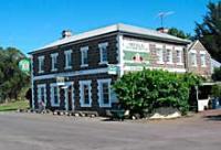 Darlington Elephant Bridge Hotel