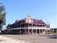 Drovers Inn - image 1