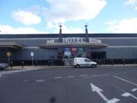 Epping Plaza Hotel - image 1
