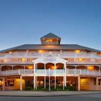 Esplanade Hotel - image 1