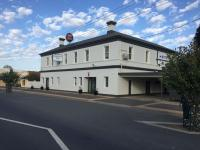 Finley Country Club Hotel Motel - image 2
