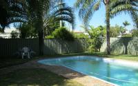 Budget Accommodation -Pool