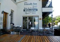 Friendly Inn Hotel - image 1