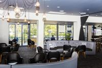 Modern and spacious bar