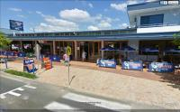 Hervey Bay - Beach House Hotel - image 1