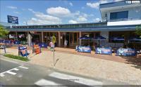 Hervey Bay - Beach House Hotel - image 1