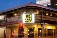 Hotel L A