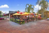 Humpty Doo Hotel Motel - image 2