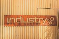 Industry Bar and Lounge - image 1