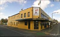 Irish Club Hotel