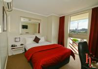 Isa Hotel accommodation