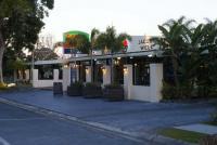Jacobs Well Bayside Tavern