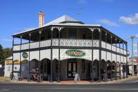 Lockyer Hotel - image 1