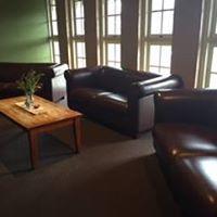Maypole Hotel - image 2