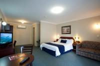 Metropolitan Hotel - image 2