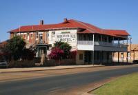 Murchison Club Hotel