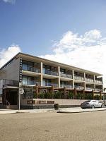 Narrabeen Sands Hotel