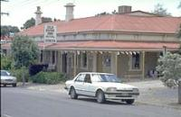 Old Bush Inn