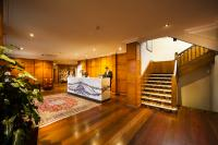Olims Canberra Hotel - image 3