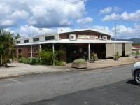 Pioneer Valley Hotel Motel - image 1