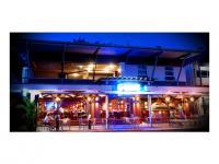 Rattle n Hum Bar & Grill